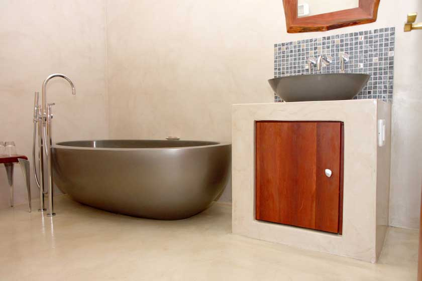 Plett Self-Catering Cottages - Clivia Cottage Bathroom