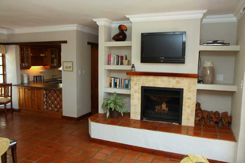 Plett Self Catering Accommodation - Gazania Cottage Lounge