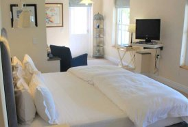 Plett Garden Cottages - Plumbago Room Bedroom